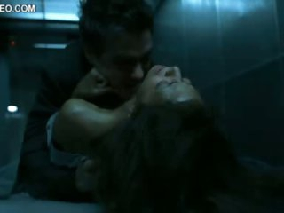 Foxy Ebony Movie Star Halle Berry Gets Banged In a Nuthouse