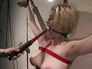 Sexy Fayth Deluca gets tied up & tormented
