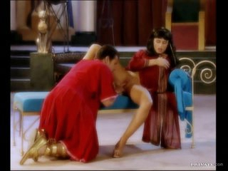 Egyptian Babe Sandra Russo Getting Her Muff Worshiped By a Servant