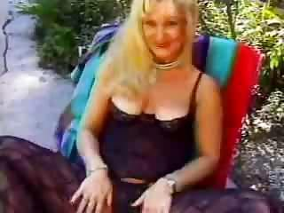 Grannie Sex Outdoor