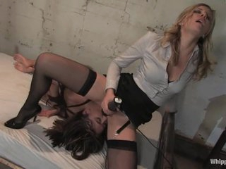 A sexy dominatrix makes her slave eat her lewd cunt and cums