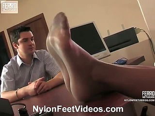 Cornelia&Adam mindblowing nylon feet action