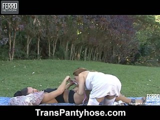 andressa&vivi tranny pantyhose action