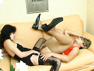 Cutie and sissy guy know the superlatively good way of the rest-time using her strap-on