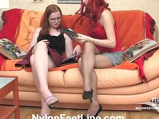 Lesbo chicks playing numbers and foot game out of taking off hose