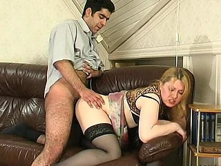 Nasty older chick putting to use her mouth and muff in frantic banging