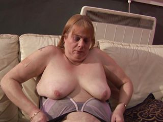 Sexy mature Maia is looking sexy with her nice natural boobs. She is wearing a pair of stockings just to make her look horny. Right after undressing this mature bitch is squeezing her nice boobs and as the same time she is rubbing her pussy. Will it going to end with a dildo in her pussy? So watch so find out.