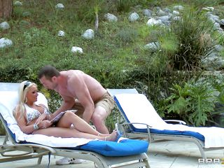 Sexy blonde Diana Doll gets a well pussy treatment from the big guy Jordan Ash! At outdoor, these two love birds get busy with the wildest game of all! Jordan takes out his dick and so does the sexy blonde shows her shaved tight pussy and Jordan can't help but starts to lick it at instance!
